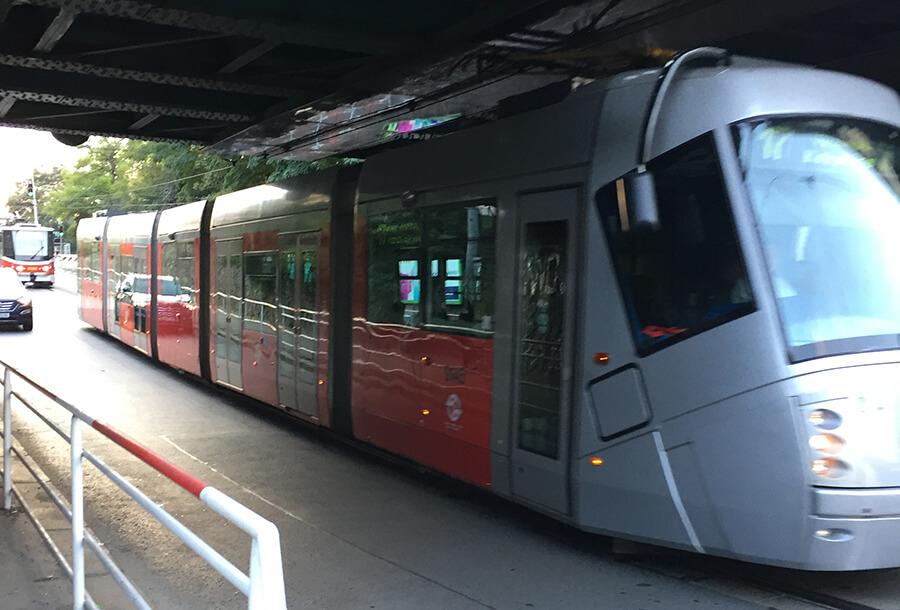 трамвай в праге